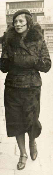18 Ariadna Lowendal. Cernauti, 1933