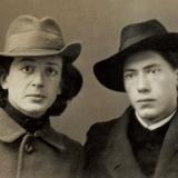 09 Studentul la Arte George Lowendal si colegul sau, baron Nikolai Elsner.Sankt-Petersburg, septembrie, 1918