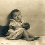 15 Irina Lowendal la 8 luni, Bucuresti