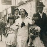 29 Ariadna si fiicele sale. Cernauti, 1934